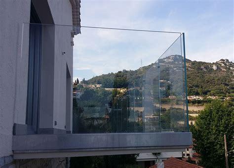 ringhiera per terrazzo preventivo parapetto in vetro con profilo in alluminio
