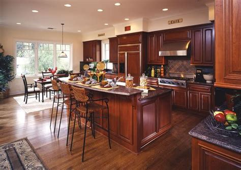 kitchen floors with cherry cabinets hardwood floors in kitchens pictures cherry cabinets 8095