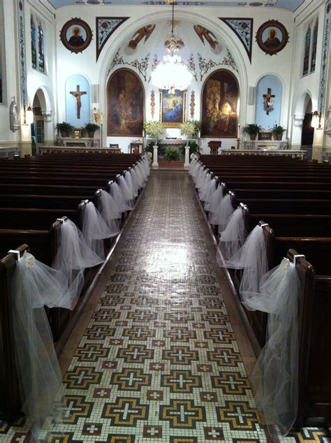 White And Gold Wedding Church Decorsimple But Elegant