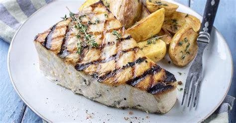 comment cuisiner le poisson comment cuisiner l 39 espadon