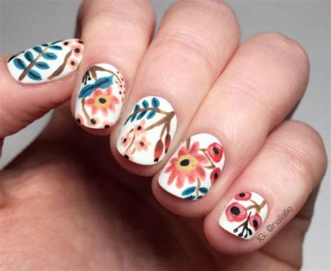 20 Spring Flower Nail Art Designs & Ideas 2016