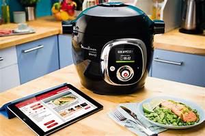 Friteuse connectée, robot cuiseur intelligent Seb compte relier 50% des outils de cuisine à