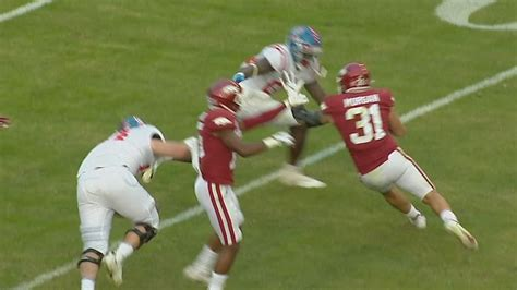 Morgan comes up with a 23-yard pick-six for Arkansas