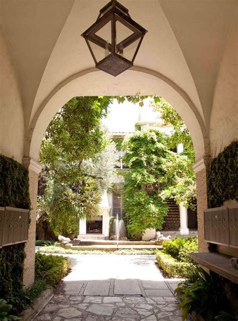 orleans courtyards images  pinterest courtyards  orleans  courtyard gardens