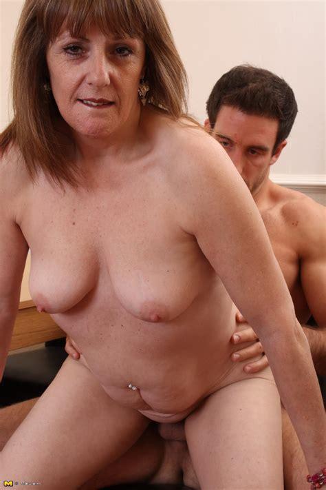 Mature Nude Slut Sex Photo