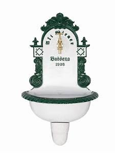 Waschbecken Für Draußen : wundersch nes waschbecken f r den garten in gr n und wei aus alumini gartenbrunnen ~ Frokenaadalensverden.com Haus und Dekorationen