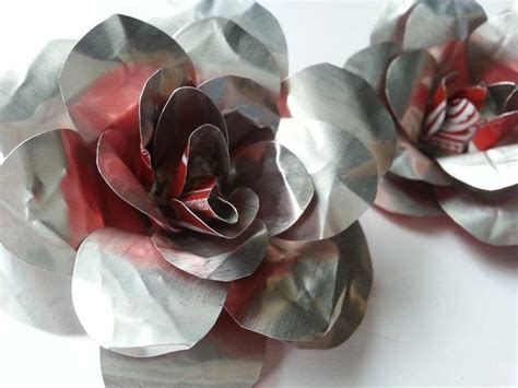 diy recycled metal flower     recycled model