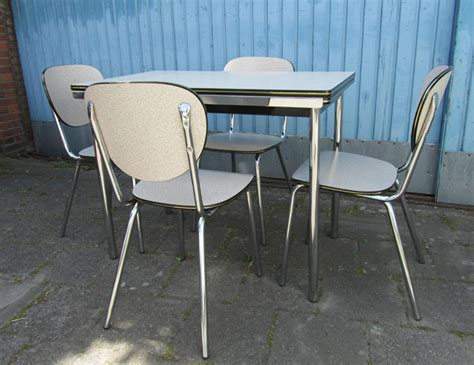1960 Kitchen Table And Chairs  1960 Kitchen Table And