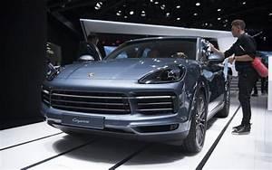 Nouveau Porsche Cayenne 2018 Prix : le porsche cayenne 2018 se d voile en d tails avec vid o l 39 automobile magazine ~ Medecine-chirurgie-esthetiques.com Avis de Voitures