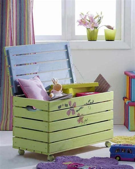 Idées Aménagement Bureau Maison by Le Coffre 224 Jouets Id 233 Es D 233 Coration Chambre Enfant