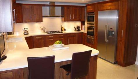 shaped kitchen kuechen layouts umbau kleiner kueche