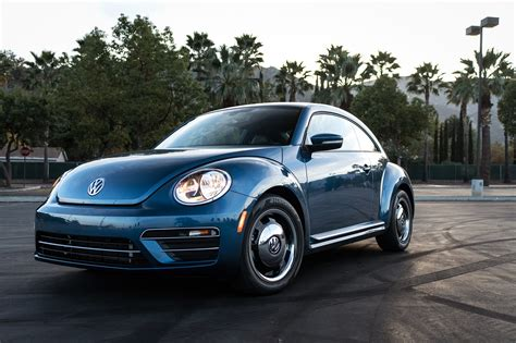 A Day Trip To Lake Elsinore With A 2018 Volkswagen Beetle