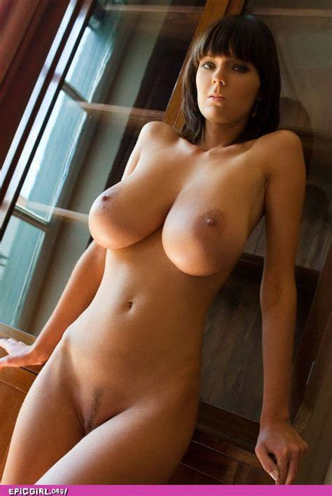 Gabrielle Perfect Natural Breasts Xxx Photo