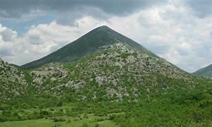 La Sphre Bleue Les Pyramides De Bosnie Sont Les