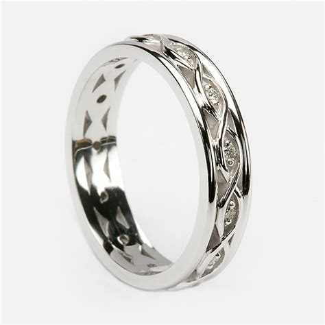 gorgeously designed celtic wedding rings for your