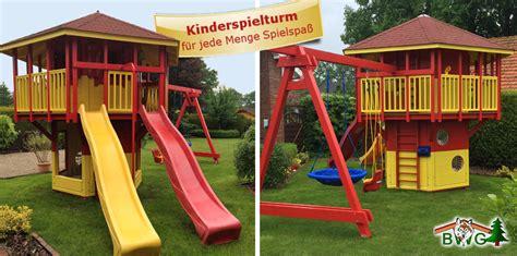 kinderspielturm mit rutsche kinderspielturm leuchtturm