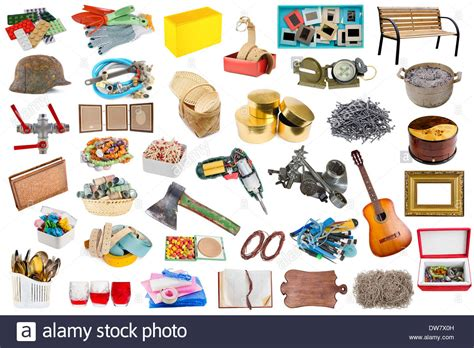Simple Common Household Objects And Tools Isolated Set