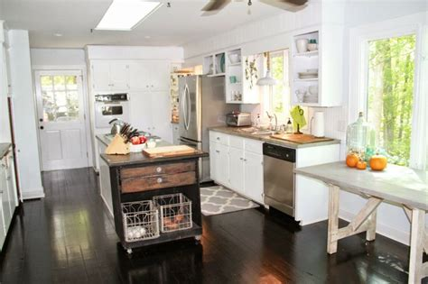 Small Kitchen Ideas Pinterest by Small White Kitchen Kitchen Ideas Pinterest
