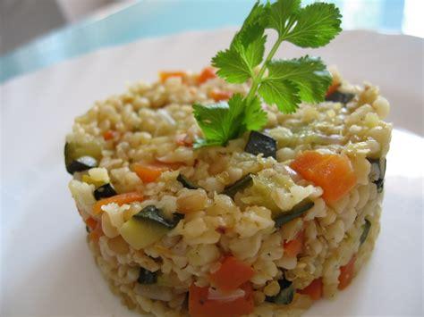 cuisine vegetalienne boulgour aux petits légumes autres plats cuisinés