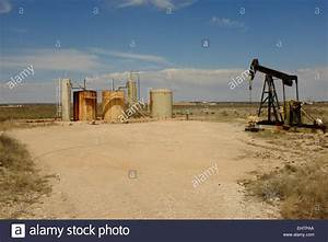 Oil Well Site In Oil Field Near Carlsbad  New Mexico  And Field Stock Photo  79835010