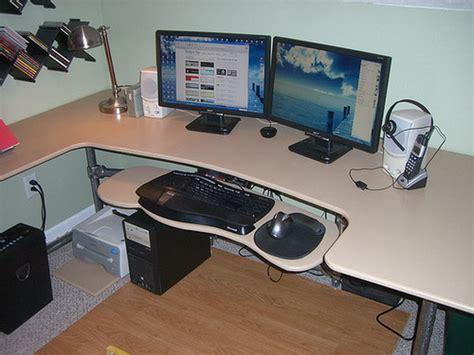 diy computer desk 15 diy computer desk ideas tutorials for home office