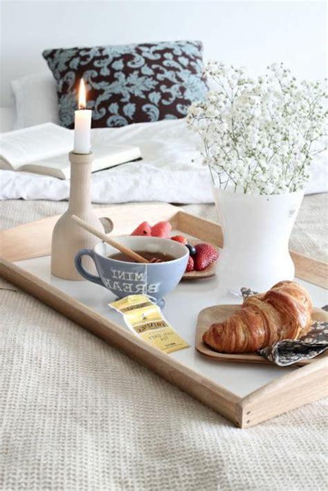 Tablett Frühstück Im Bett by Fr 252 Hst 252 Ckstablett F 252 Rs Bett Fantastische Ideen