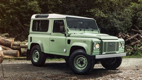 defender jeep 2016 land rover defender car news and reviews top speed