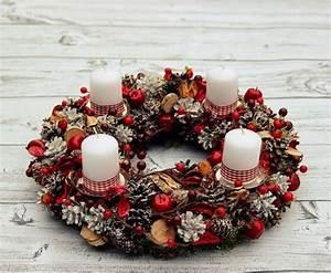 Basteln Mit Tannenzapfen Weihnachten : adventskranz basteln das highlight in der adventszeit ~ Frokenaadalensverden.com Haus und Dekorationen