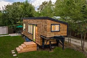 Stunning Tiny House Built On A Gooseneck Flatbed Trailer