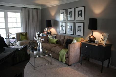 Wohnzimmer Ideen Grau Braun by Quot Ashes Quot By Behr Grey Brown Living Room Instead Of Green