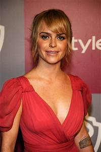 Taryn Manning Bra Size  Age  Weight  Height  Measurements