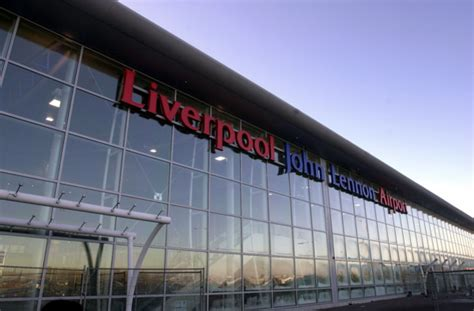 minibus hire liverpool airport airport transfers