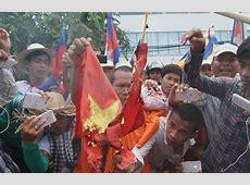 Vietnam Slams 'Extremists' For Flag Burning Over Khmer