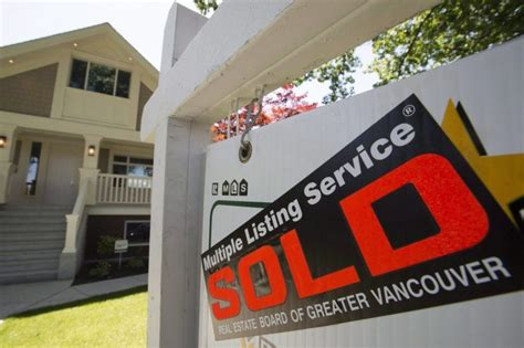 Why Canada's housing 'bubbles' aren't headed for catastrophe