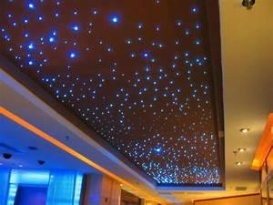 Sternenhimmel Schlafzimmer Selber Bauen : 44 fotos sternenhimmel aus led f r ein luxuri ses interieur ~ Markanthonyermac.com Haus und Dekorationen