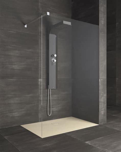 piatto  doccia stile lineare  bagno hotel idfdesign