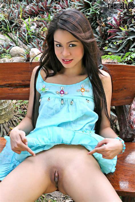 Asian Women, amelia-luv-04-shaving-pussy, amelia-luv-04-080