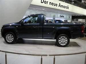 Vw Amarok Single Cab : vw shows volkswagen amarok and volkswagen transporter ~ Jslefanu.com Haus und Dekorationen