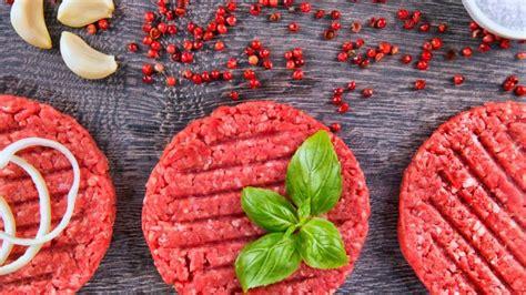 Come Si Cucina L Hamburger by Come Fare L Hamburger Di Manzo In Casa Deabyday Tv