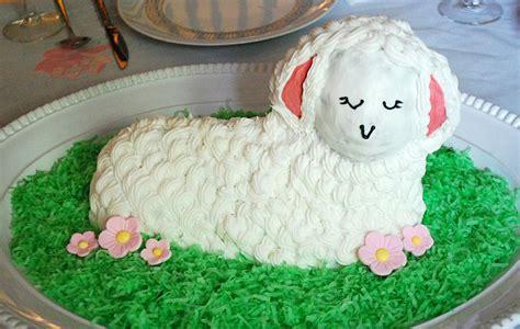 decorate  easter lamb cake  lamb cake