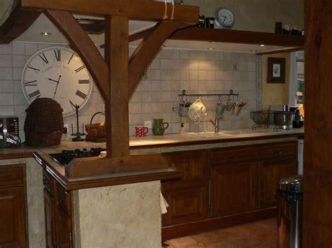 refaire sa cuisine rustique en moderne comment moderniser une cuisine rustique eleonore déco