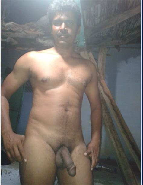 Nude pics of sexy desi hunks - Indian Gay Site