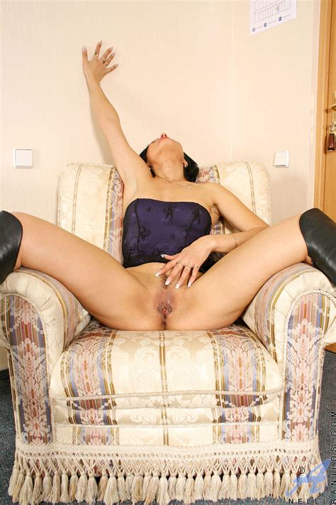 freshest mature women on the net featuring anilos nelli gallery anilos