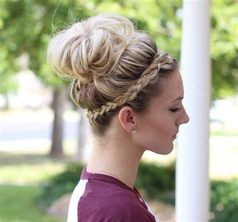 Classy And Elegant Bun Hairstyles 2016 2019 Haircuts