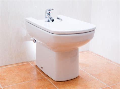 Un Bidet - le bidet revient dans vos salle de bains habitatpresto