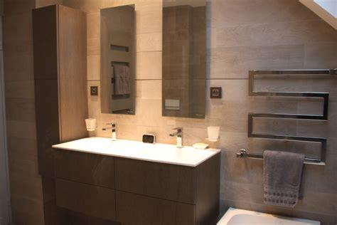 salle de bains moderne avec 224 l italienne