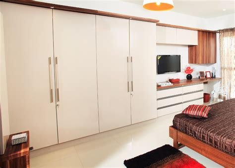 Master Wardrobe With Study Table  Contemporary Bedroom