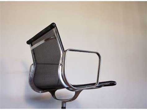 fauteuil bureau charles eames eames vintage fauteuil bureau aluminium chair