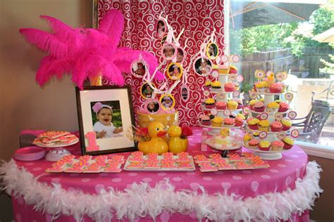 35 Cute 1st Birthday Party Ideas For Girls Table