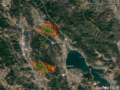 mendocino complex devours   acres maps
